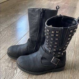 🎀KIDS🎀 2 for 15$🎀 boots